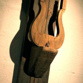 Le Toro lyre