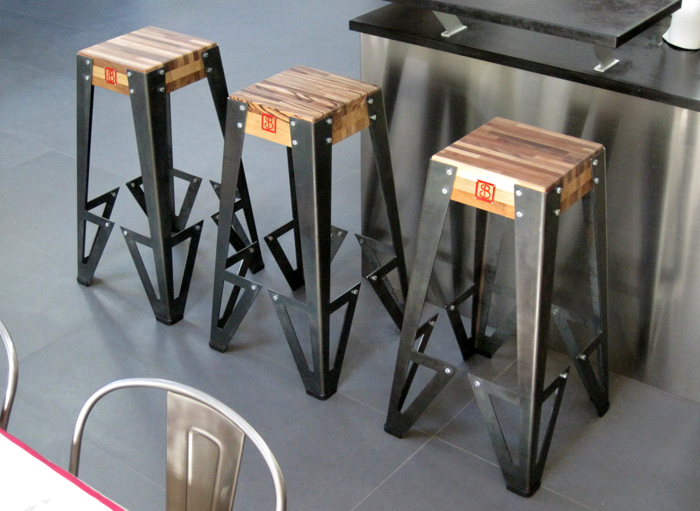 tabouret de bar design industriel